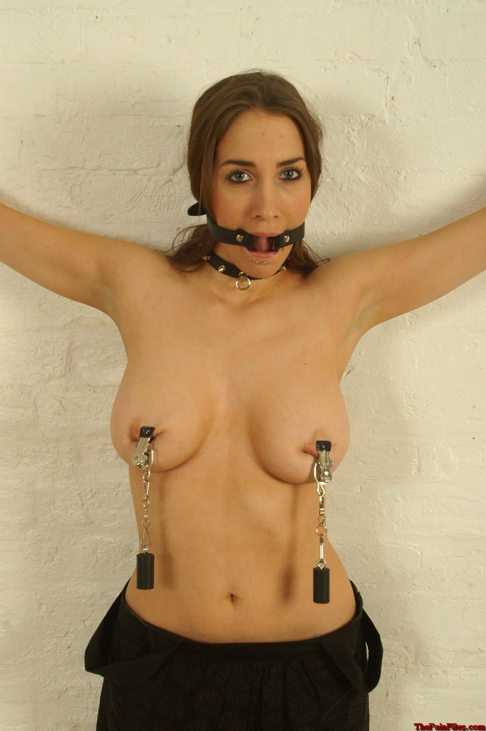 amature-breast-bondage-naked-skinny-college-girl