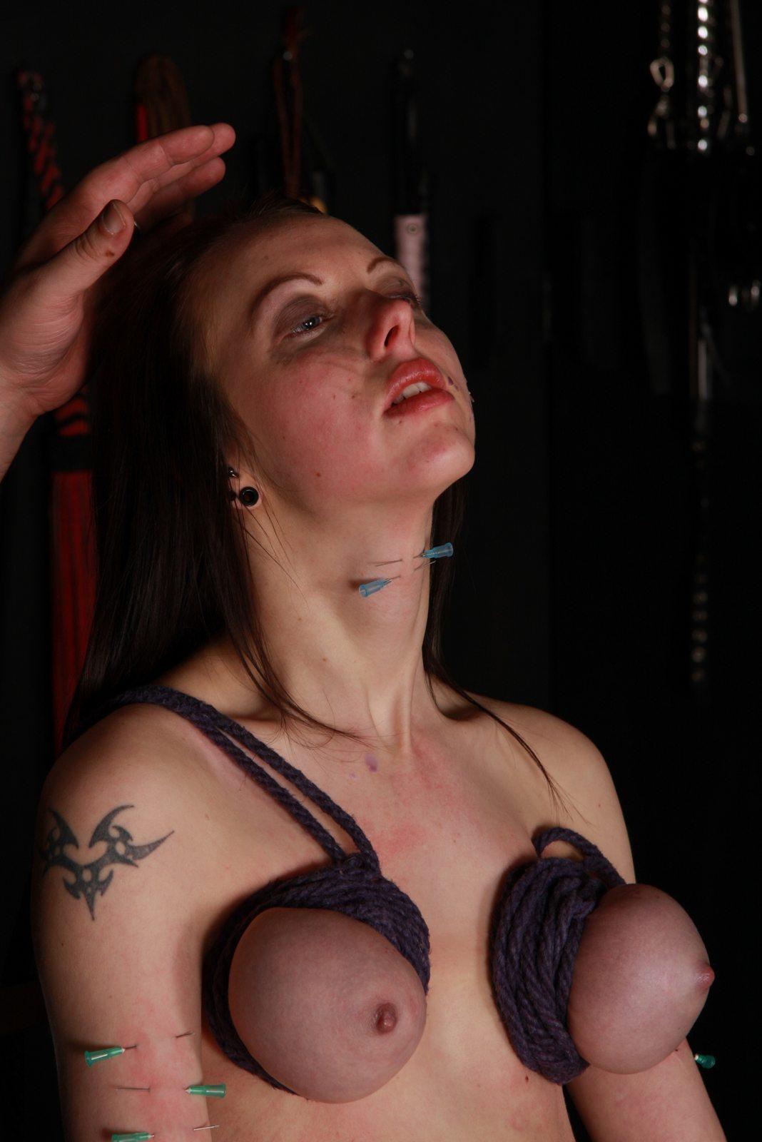 BDSM needle Needle Torture, Needle Torture, Needle bdsm ...
